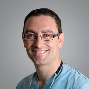 Dr. Alfonso García Pérez