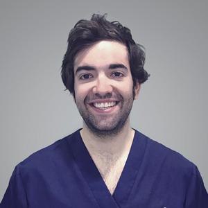 Dr. Carlos Escuer Fanlo