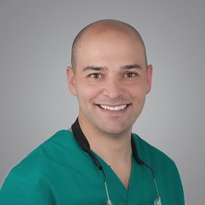 Dr. Ramón Gómez Meda